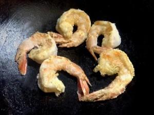 揚げ焼きでお手軽に☆プリプリ・エビマヨ-レシピ1