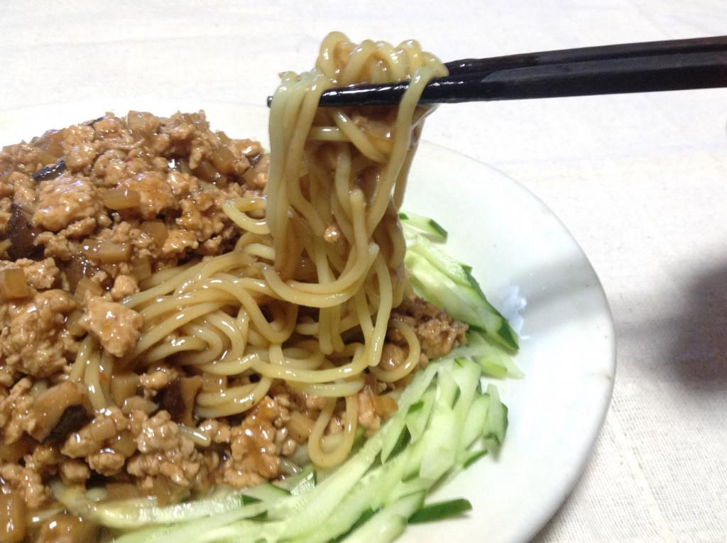 ピリ辛の肉味噌で☆ジャージャー麺(炸醤麺)2